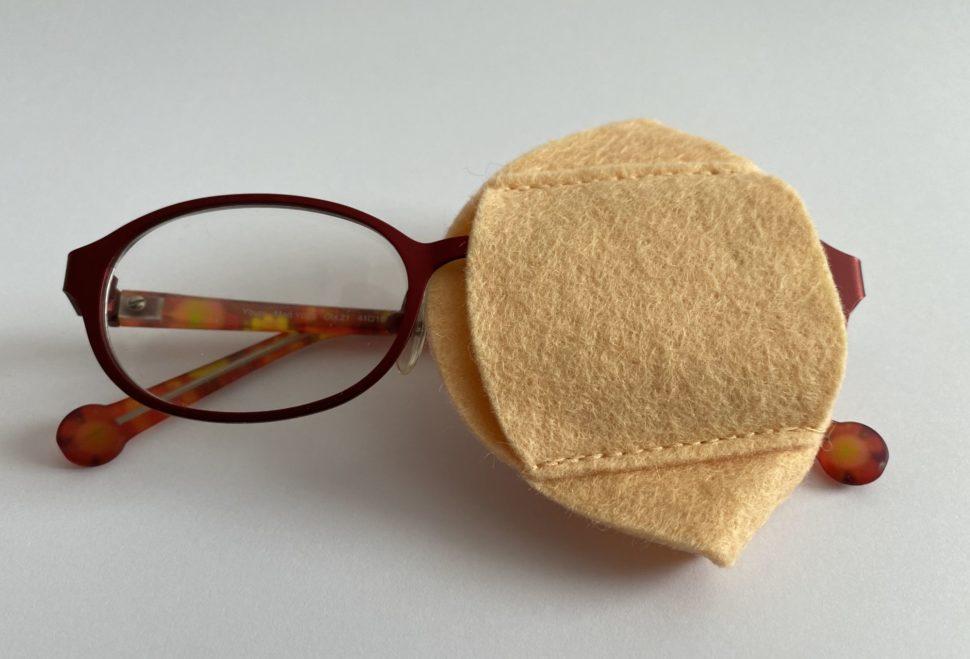 ilustrace okluzor na brýlíchuzorem